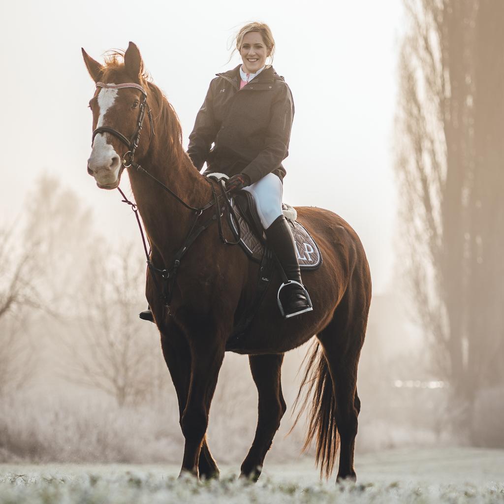 Lucie Povová - na koni